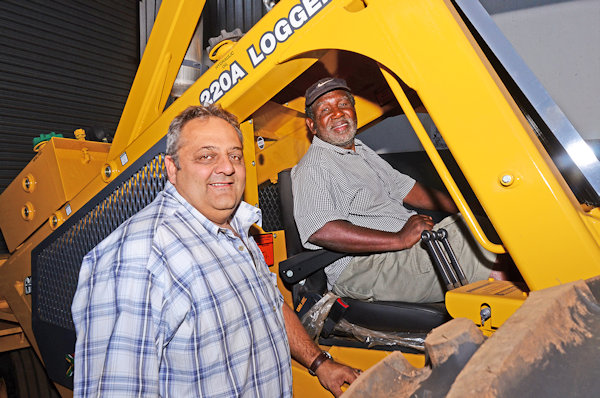 Charlie Boucher, Team Leader at Bell Swaziland and Petros Mnisi of PMD Forestry Total Harvesting Services